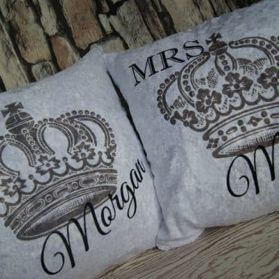 Personalised mr & mrs crown crushed velvet cushion set