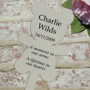 Personalised a moment in our arms a lifetime in our hearts grave/memorial marker