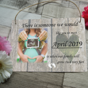 Personalised pregnancy announcement hanging sign