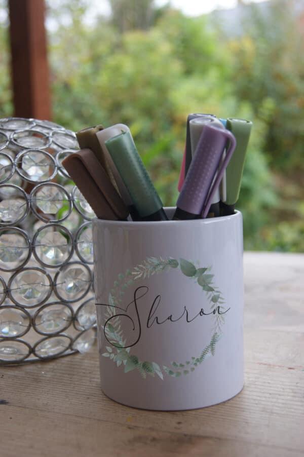 Personalised Foliage Circle Ceramic Pot